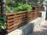 ウッドフェンス増設(笠木は幅の広い部材を使い高級感を演出)