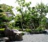 奥行き、趣のある日本庭園