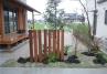 駐車場後ろ/リビング前庭