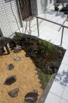■スロープ脇のお庭は和モダン仕上げ 施工例1