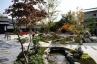 ■築山・景石・園路・小川を模した流れのある庭園 施工例2