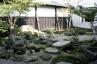 ■伝統的な作法で作庭された流れや蹲のある庭園仕上げ 施工例3