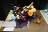 ギフトアレンジ部門「収穫祭・マダム・ボワゼルに捧ぐ」。長尾清乃さんの作品。フランスの有名なシャンパンメーカー当主への贈り物という設定で。こちら全てアーティフィシャルフラワー。