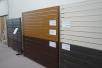 エバーアートウッドの板張り材。カラーはもちろんですが、幅と形状のバリエーションもあり、自在にカット可能なので、様々なシチュエーションに対応。
