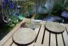 『涼憩』という作品コンセプトの通り、水景をうまく組み込んで涼しげな空間を演出しています。植栽とのマッチングも素晴らしいですね。