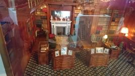 貴族の館のライブラリー