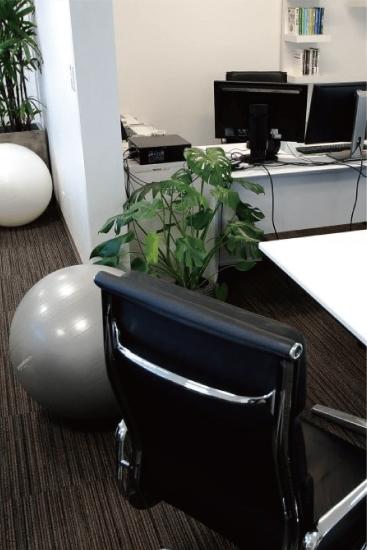 島崎建設「庭ZOU」オフィス