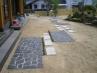 石張りのお庭のアプローチ