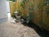 人目には付きにくいスペースに和の坪庭