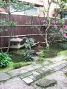 季節の花が楽しめる庭へ【西洋シャクナゲ】等