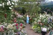 第16回国際バラとガーデニングショウ:不思議の国のアリスの庭2